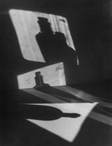 Jaromir Funke (1896–1945)Composizione (Ombre di bottiglia), 1927